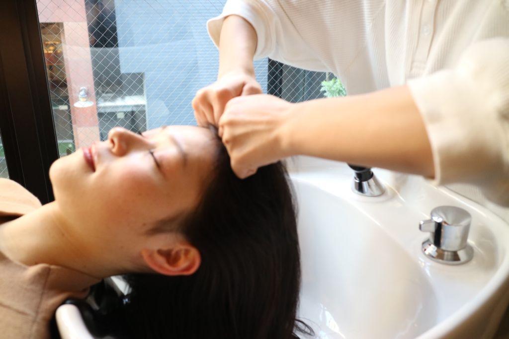 腸絶睡眠ヘッドスパ|福岡・薬院